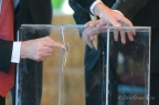 Sealing of ballot boxes